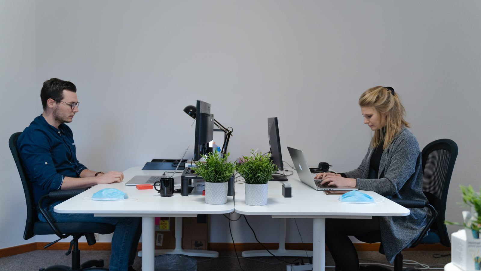 Social Distancing at desks